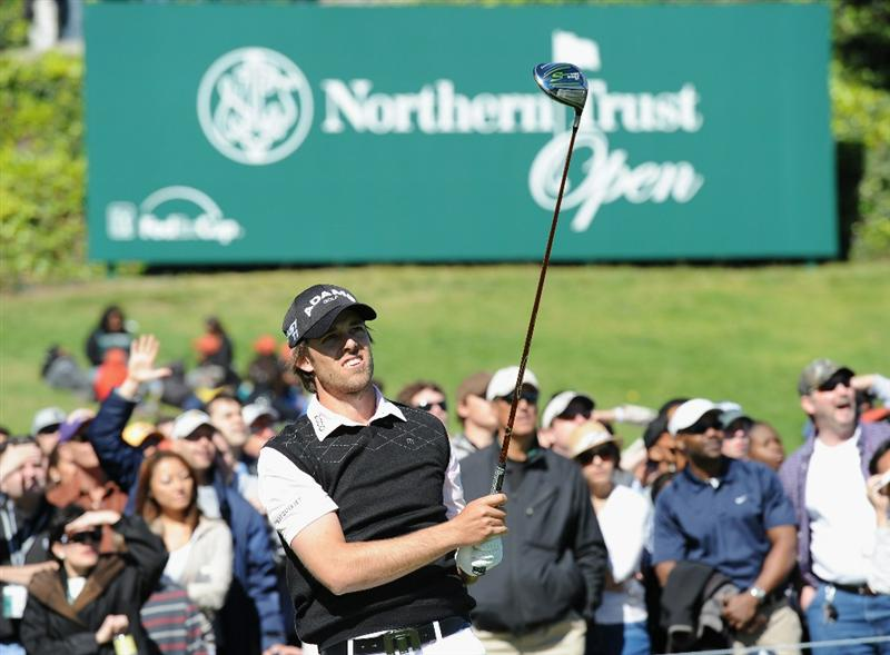 PACIFIC PALISADES, CA - FEBRUARY 20:  Aaron Baddeley of Australia plays his tee shot on the 10th hole during the final round of the Northern Trust Open at Riviera Country Club on February 20, 2011 in Pacific Palisades, California.  (Photo by Stuart Franklin/Getty Images)