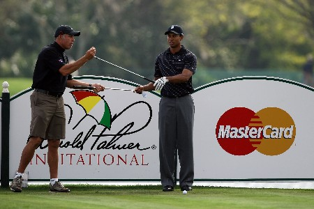 ORLANDO, FL - MARCH 12:  Tiger Woods of the USA chooses his club at the 14th hole during the pro-am for the 2008 Arnold Palmer Invitational presented by Mastercard at the Bay Hill Golf Club, on March 12, 2008 in Orlando, Florida.  (Photo by David Cannon/Getty Images)