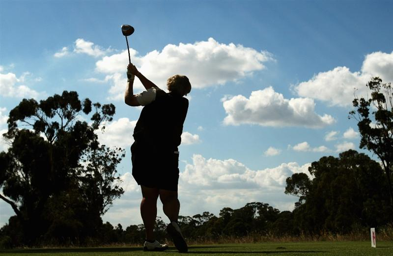 MELBOURNE, AUSTRALIA - FEBRUARY 12:  Laura Davies of England tees off on the 16th hole during day one of the 2009 Women's Australian Open held at the Metropolitan Golf Club February 12, 2009 in Melbourne, Australia.  (Photo by Mark Dadswell/Getty Images)