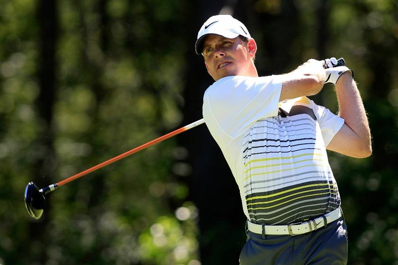 NORTON, MA - SEPTEMBER 06:  Justin Leonard tees off on the second hole during the final round of the Deutsche Bank Championship at TPC Boston on September 6, 2010 in Norton, Massachusetts.  (Photo by Michael Cohen/Getty Images)