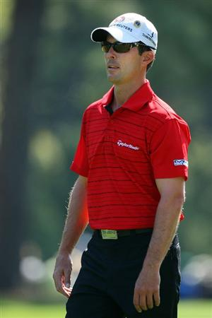 AUGUSTA, GA - APRIL 09:  Mike Weir of Canada walks to the first green during the first round of the 2009 Masters Tournament at Augusta National Golf Club on April 9, 2009 in Augusta, Georgia.  (Photo by Andrew Redington/Getty Images)