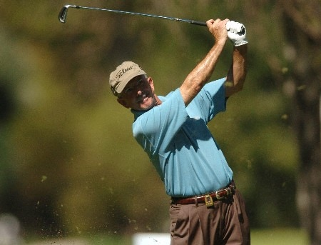 Pete Oakley tees off on the 7th hole during the first round of the Champions' Tour 2005 SBC Classic at the Valencia Country Club in Valencia, California March 11, 2005.