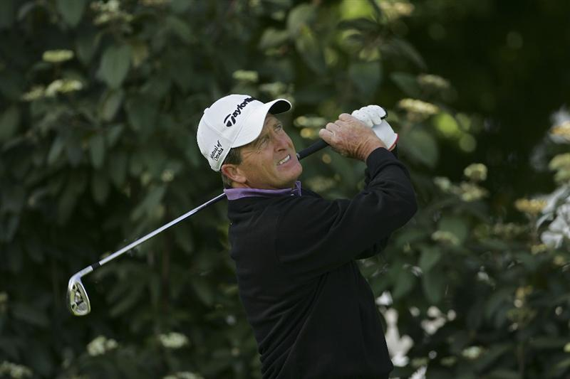 TIMONIUM, MD - OCTOBER 01:  Fred Funk plays an iron shot during the first round of the Constellation Energy Senior Players Championship at Baltimore Country Club/Five Farms (East Course) held on October 1, 2009 in Timonium, Maryland  (Photo by Michael Cohen/Getty Images)