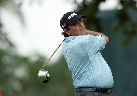 MIAMI - MARCH 20:  Angel Cabrera of Argentina hits his tee shot at the 11th hole during the first round of the 2008 World Golf Championships CA Championship at the Doral Golf Resort & Spa, on March 20, 2008 in Miami, Florida.  (Photo by David Cannon/Getty Images)
