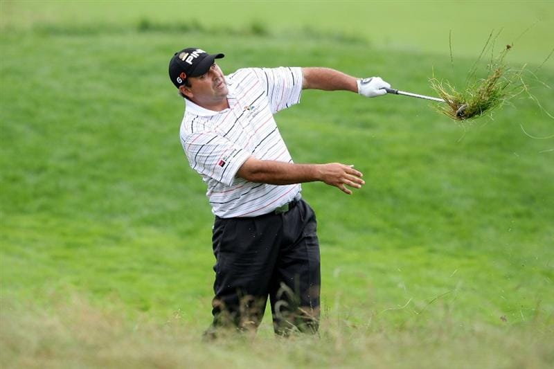 FARMINGDALE, NY - JUNE 19:  Angel Cabrera of Argentina hits out of the rough on the 18th hole during the continuation of the first round of the 109th U.S. Open on the Black Course at Bethpage State Park on June 19, 2009 in Farmingdale, New York.  (Photo by Nick Laham/Getty Images)