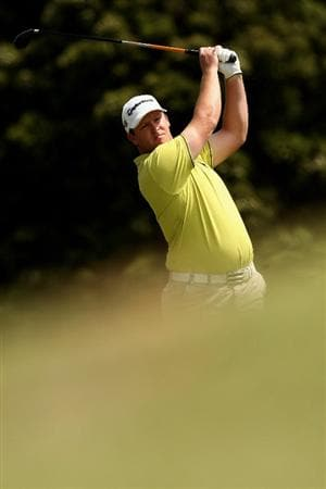MELBOURNE, AUSTRALIA - NOVEMBER 30:  Marcus Fraser of Australia plays his third shot on the fourteenth hole during the fourth round of the 2008 Australian Masters at Huntingdale Golf Club on November 30, 2008 in Melbourne, Australia  (Photo by Quinn Rooney/Getty Images)