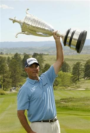 PARKER, CO. - MAY 30: Tom Lehman wins The 71st  Senior PGA Championship at the Colorado Golf Club on May 30, 2010 in Parker, Colorado.  (Photo by Marc Feldman/Getty Images)