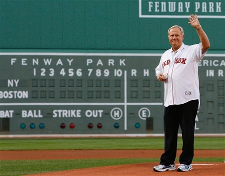 BOSTON - JULY 25: Golf great Jack Nicklaus thows out a ceremonial pitch before a game between the Boston Red Sox and the New York Yankees at Fenway Park on July 25, 2008 in Boston, Massachusetts.  (Photo by Jim Rogash/Getty Images)