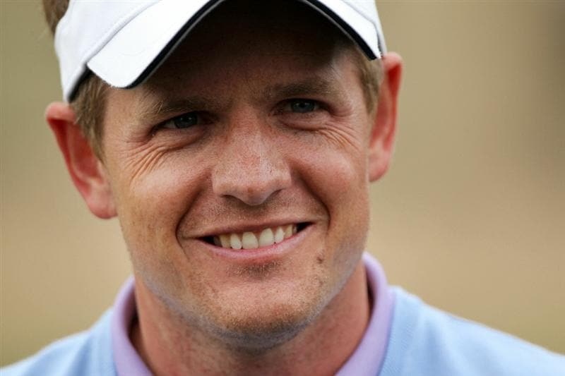 MARANA, AZ - FEBRUARY 26:  Luke Donald of England smiles on the 13th hole after winning his match 6up against Matt Kuchar (not pictured) during the semifinal round of the Accenture Match Play Championship at the Ritz-Carlton Golf Club on February 26, 2011 in Marana, Arizona.  (Photo by Andy Lyons/Getty Images)