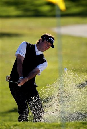 LA JOLLA, CA - JANUARY 28:  Bubba Watson hits from a bunker on the first hole at the North Course atTorrey Pines Golf Course during the first round of the Farmers Insurance Open on January 28, 2010 in La Jolla, California. (Photo by Stephen Dunn/Getty Images)