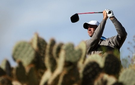 MARANA, AZ - FEBRUARY 23:  Stewart Cink hits his tee shot on the 13th hole during the semifinal matches of the WGC-Accenture Match Play Championship at The Gallery at Dove Mountain February 23, 2008 in Marana, Arizona.  (Photo by Scott Halleran/Getty Images)