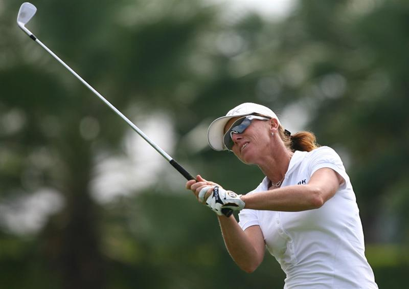 HAIKOU, CHINA - OCTOBER 26:  (CHINA OUT) Helen Alfredsson of Sweden hits her first shot on the 16th hole during day three of the Grand China Air LPGA 2008 on October 26, 2008 in Haikou, Hainan Province, China.  (Photo by China Photos/Getty Images)