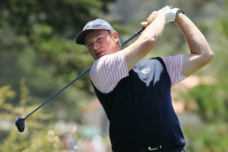 PEBBLE BEACH, CA - JUNE 17:  Ernie Els of South Africa watches his tee shot on the second hole during the first round of the 110th U.S. Open at Pebble Beach Golf Links on June 17, 2010 in Pebble Beach, California.  (Photo by Jeff Gross/Getty Images)