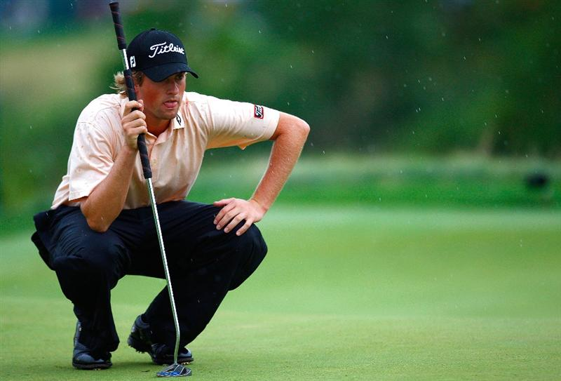 JERSEY CITY, NJ - AUGUST 28:  Webb Simpson lines up his putt on the 17th green during round two of The Barclays on August 28, 2009 at Liberty National in Jersey City, New Jersey.  (Photo by Kevin C. Cox/Getty Images)