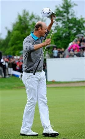 TURIN, ITALY - MAY 09:  Fredrik Andersson Hed of Sweden celebrates his win on the 18th hole during the final round of the BMW Italian Open at Royal Park I Roveri on May 9, 2010 in Turin, Italy.  (Photo by Stuart Franklin/Getty Images)