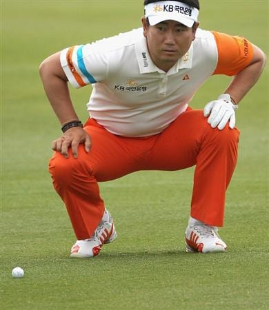 CASARES, SPAIN - MAY 20:  YE Yang of Korea in action during the group stages of the Volvo World Match Play Championship at Finca Cortesin on May 20, 2011 in Casares, Spain.  (Photo by Andrew Redington/Getty Images)