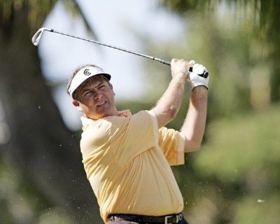 Ken Duke drives on the 4th tee during the third round of the Sony Open in Hawaii held at Waialae Country Club in Honolulu, Hawaii, on January 13, 2007. Photo by Marco Garcia/WireImage.com