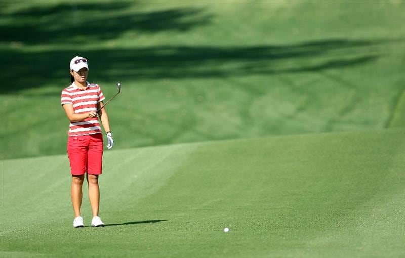 RANCHO MIRAGE, CA - APRIL 02:  Ji Young Oh of South Korea plays her second shot at the 12th hole during the first round of the 2009 Kraft Nabisco Championship, at the Mission Hills Country Club on April 2, 2009 in Rancho Mirage, California.  (Photo by David Cannon/Getty Images)