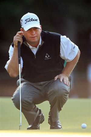 AUGUSTA, GA - APRIL 09:  Dudley Hart looks over a putt on the first green during the first round of the 2009 Masters Tournament at Augusta National Golf Club on April 9, 2009 in Augusta, Georgia.  (Photo by Andrew Redington/Getty Images)