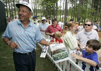 Vicente Fernandez signs autographs for fans after the second round of the Regions Charity Classic held at Robert Trent Jones Golf Trail at Ross Bridge in Birmingham, AL, on May 6, 2006.Photo by: Stan Badz/PGA TOUR