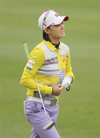 CITY OF INDUSTRY, CA - MARCH 26:  Na Yeon Choi of South Korea walks to the 18th green during the third round of the Kia Classic on March 26, 2011 at the Industry Hills Golf Club in the City of Industry, California.  (Photo by Scott Halleran/Getty Images)