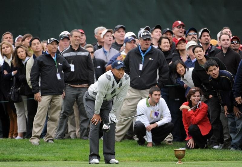 SAN FRANCISCO - OCTOBER 10:  Tiger Woods of the USA Team watches his drive on the 17th hole during the Day Three Morning Foursome Matches of The Presidents Cup at Harding Park Golf Course on October 10, 2009 in San Francisco, California.  (Photo by Harry How/Getty Images)