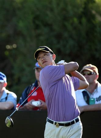 PERTH, AUSTRALIA - FEBRUARY 20:  Anthony Kang of USA plays his tee shot at the 12th hole during the second round of the 2009 Johnnie Walker Classic tournament at the Vines Resort and Country Club, on February 20, 2009, in Perth, Australia  (Photo by David Cannon/Getty Images)
