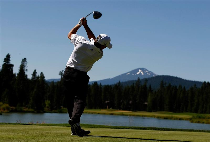 SUNRIVER, OR - AUGUST 21:  Mike Goodes tees off on the 12th hole during the second round of the Jeld-Wen Tradition on August 20, 2009 at Crosswater Club at Sunriver Resort in Sunriver, Oregon.  (Photo by Jonathan Ferrey/Getty Images)