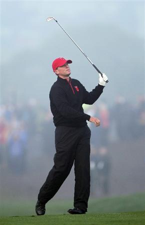 NEWPORT, WALES - OCTOBER 04:  Steve Stricker of the USA watches his approach shot on the first hole in the singles matches during the 2010 Ryder Cup at the Celtic Manor Resort on October 4, 2010 in Newport, Wales.  (Photo by Jamie Squire/Getty Images)