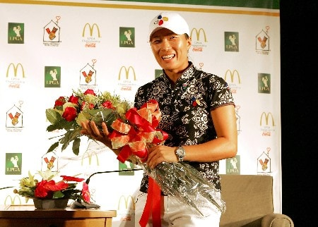 HAVRE DE GRACE, MD - JUNE 07:  Se Ri Pak of South Korea attends a news conference following the first round of the McDonalds LPGA Championship at Bulle Rock golf course June 7, 2007 in Havre de Grace, Maryland. In completing the round today, Pak qualifies for the LPGA Tour and World Golf halls of fame.  (Photo by Andy Lyons/Getty Images)