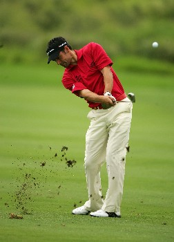 MALELANE, SOUTH AFRICA - DECEMBER 07:  Lee Slattery of England plays his second shot into the ninth green during the second round of The Alfred Dunhill Championship at The Leopard Creek Country Club on December 7, 2007 in Malelane, South Africa.  (Photo by Warren Little/Getty Images)