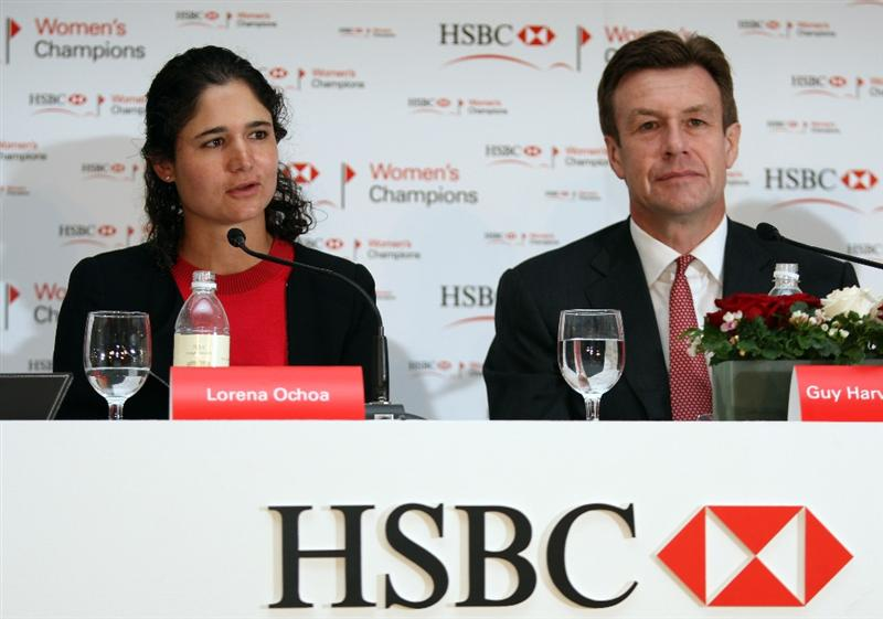 SINGAPORE - MARCH 03:  Lorena Ochoa of Mexico, Suzann Pettersen of Norway and Guy Harvey-Samuel, CEO HSBC Singapore during a photocall in down town Singapore prior to the HSBC Women's Champions at the Tanah Merah Country Club on March 3, 2009 in Singapore.  (Photo by Getty Images/Getty Images)