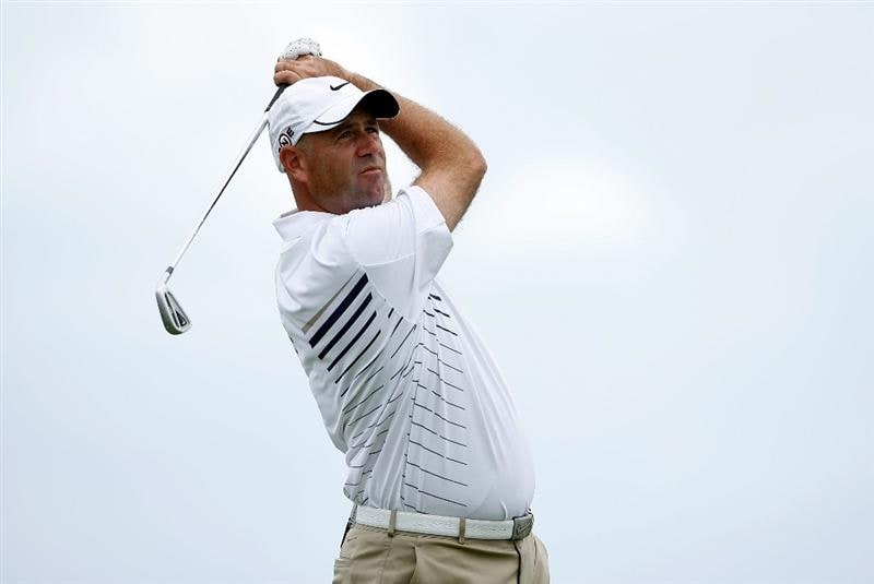 SOUTHAMPTON, BERMUDA - OCTOBER 21:  Stewart Cink the 2009 Brittish Open champion, hits his tee shot on the 10th hole during the final round of the PGA Grand Slam of Golf on October 21, 2009 at Port Royal Golf Course in Southampton, Bermuda.  (Photo by Andy Lyons/Getty Images)