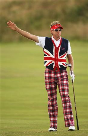 TURNBERRY, SCOTLAND - JULY 16:  Ian Poulter of England gestures during round one of the 138th Open Championship on the Ailsa Course, Turnberry Golf Club on July 16, 2009 in Turnberry, Scotland.  (Photo by Andrew Redington/Getty Images)