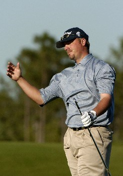 Brett Wetterich reacts to an errant  shot from the 13th fairway  during  third  round competition at the 2005 Honda Classic March 12, 2005 in Palm Beach Gardens, Florida. Wetterich shot a 72 to tie for the lead.