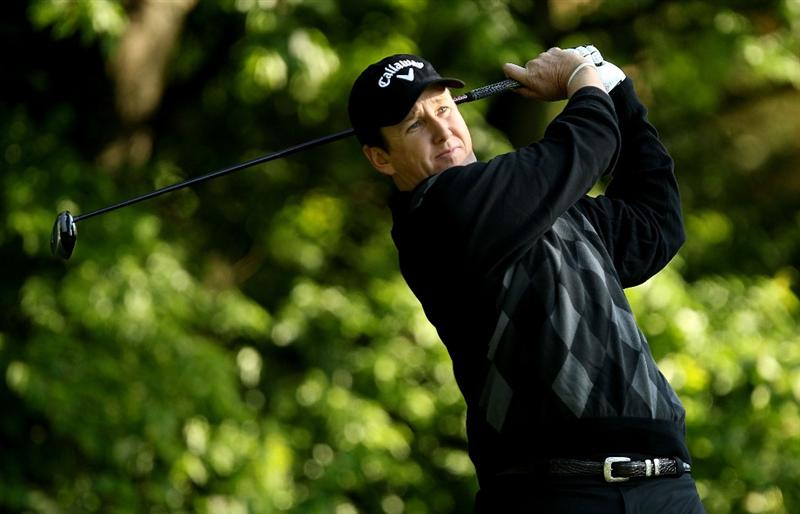 CHARLOTTE, NC - APRIL 30:  J.J. Henry hits a tee shot on the 5th hole during the second round of the Quail Hollow Championship at Quail Hollow Country Club on April 30, 2010 in Charlotte, North Carolina.  (Photo by Streeter Lecka/Getty Images)