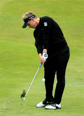 VIRGINIA WATER, ENGLAND - MAY 28:  Luke Donald of England hits his 2nd shot on the 7th hole during the third round of the BMW PGA Championship at the Wentworth Club on May 28, 2011 in Virginia Water, England.  (Photo by David Cannon/Getty Images)