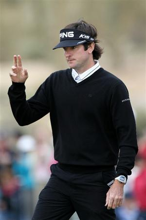 MARANA, AZ - FEBRUARY 26:  Bubba Watson waves to fans on the seventh hole during the semifinal round of the Accenture Match Play Championship at the Ritz-Carlton Golf Club on February 26, 2011 in Marana, Arizona.  (Photo by Sam Greenwood/Getty Images)