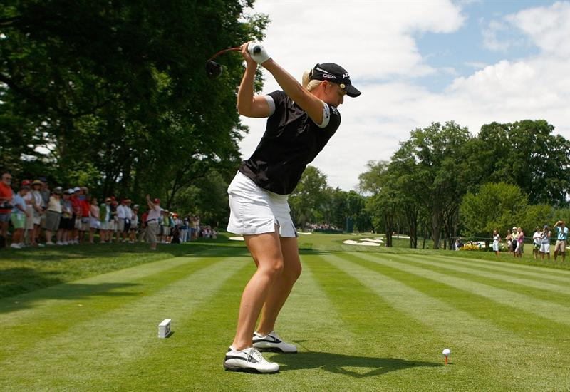 BETHLEHEM, PA - JULY 08:  Brittany Lincicome hits a shot during a practice round prior to the start of the 2009 U.S. Women's Open at the Saucon Valley Country Club on July 8, 2009 in Bethlehem, Pennsylvania.  (Photo by Scott Halleran/Getty Images)