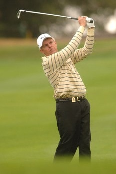 Wayne Levi hits from the 10th fairway during the second round of the Champions Tour 2005 Charles Schwab Cup Championship at Sonoma Golf Club in Sonoma, California October 28, 2005.Photo by Steve Grayson/WireImage.com