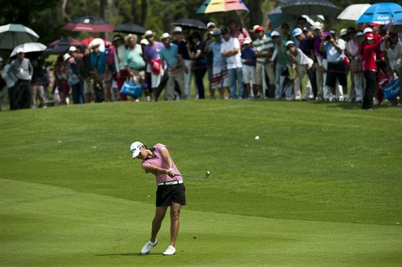 CHON BURI, THAILAND - FEBRUARY 20:  Yani Tseng of Taiwan plays her second shot on the 1st hole during day four of the LPGA Thailand at Siam Country Club on February 20, 2011 in Chon Buri, Thailand.  (Photo by Victor Fraile/Getty Images)