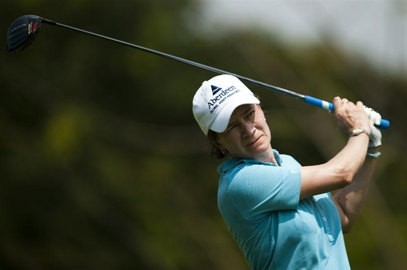 CHON BURI, THAILAND - FEBRUARY 18:  Catriona Matthew of Scotland tees off on the 3rd hole during day two of the LPGA Thailand at Siam Country Club on February 18, 2011 in Chon Buri, Thailand.  (Photo by Victor Fraile/Getty Images)