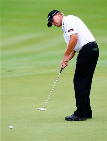 JERSEY CITY, NJ - AUGUST 29:  Steve Stricker putts for birdie on the 15th green during round three of The Barclays on August 29, 2009 at Liberty National in Jersey City, New Jersey.  (Photo by Kevin C. Cox/Getty Images)
