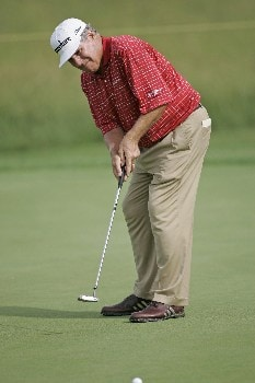 Jay Sigel putts during the first round of the Champions Tour at the Bayer Advantage Classic in Overland Park, KS on June 10, 2005.Photo by G. Newman Lowrance/WireImage.com