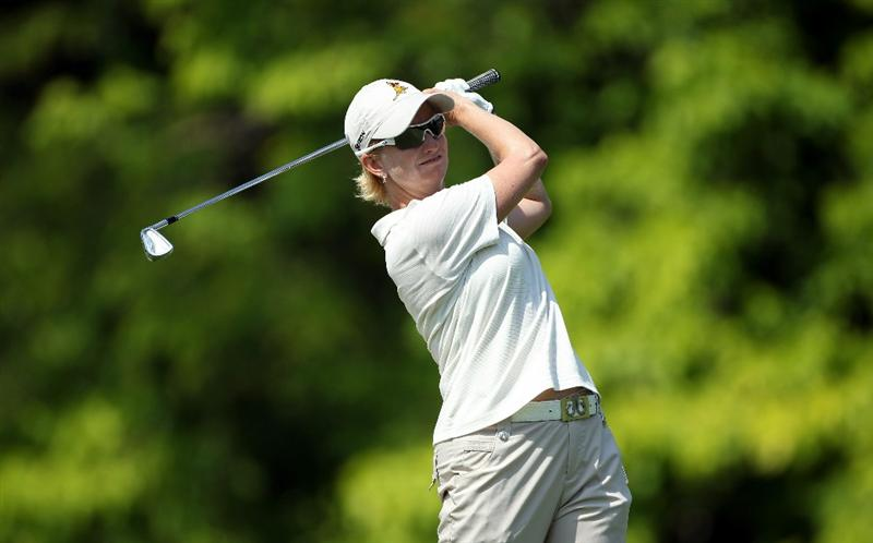 SINGAPORE - FEBRUARY 25:  Karrie Webb of the USA hits her third shot on the fifth hole during the second round of the HSBC Women's Champions at the Tanah Merah Country Club on February 25, 2011 in Singapore.  (Photo by Andrew Redington/Getty Images)