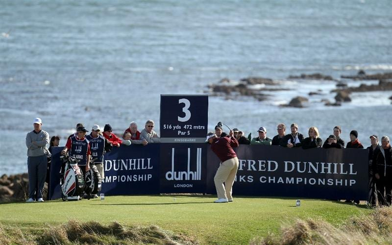 KINGSBARNS, SCOTLAND - OCTOBER 07:  Darren Clarke of Northern Ireland plays off the third tee during the first round of The Alfred Dunhill Links Championship at Kingsbarns Golf Links on October 7, 2010 in Kingsbarns, Scotland.  (Photo by Ross Kinnaird/Getty Images)