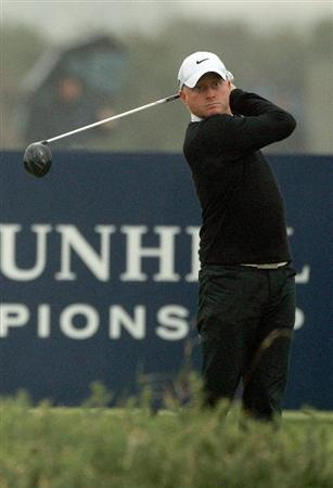 ST ANDREWS, SCOTLAND - OCTOBER 08:  Simon Dyson of England drives off the third tee during the second round of The Alfred Dunhill Links Championship at The Old Course on October 8, 2010 in St Andrews, Scotland.  (Photo by Warren Little/Getty Images)