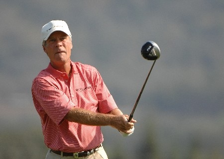SONOMA, CA - OCTOBER 25:  Ben Crenshaw tees off the 3rd hole during the first round of the Charles Schwab Cup Championship on October 25, 2007 at the Sonoma Golf Club in Sonoma, California  (Photo by Marc Feldman/Getty Images)