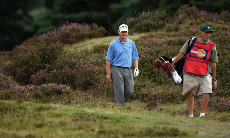 SUNNINGDALE, ENGLAND - JULY 25:  Tom Watson of the USA walks amongst the heather on the 11th hole during the third round of The Senior Open Championship presented by MasterCard held on the Old Course at Sunningdale Golf Club on July 25, 2009 in Sunningdale, England.  (Photo by Warren Little/Getty Images)