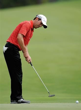PONTE VEDRA BEACH, FL - MAY 05:  Mike Weir of Canada hits a shot during a practice round prior to the start of THE PLAYERS on the Stadium course at the TPC Sawgrass on May 5, 2009 in Ponte Vedra Beach, Florida.  (Photo by Sam Greenwood/Getty Images)